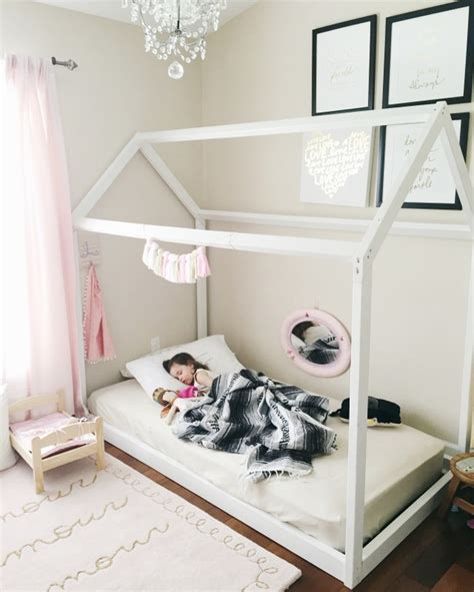 Diy-House-Frame-Floor-Bed
