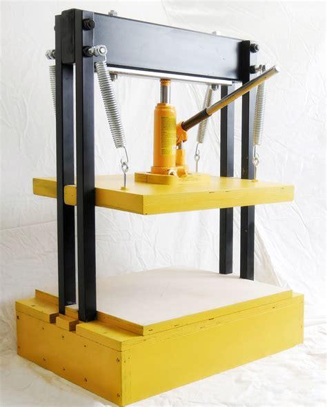 Diy-Hydraulic-Press-Wood