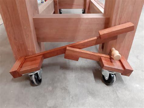 Diy-Hydraulic-Workbench-Retracting-Casters