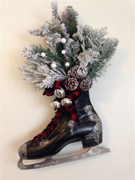 Diy-Ice-Skate-Door-Decoration