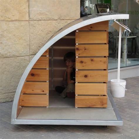 Diy-Igloo-Dog-House-Door