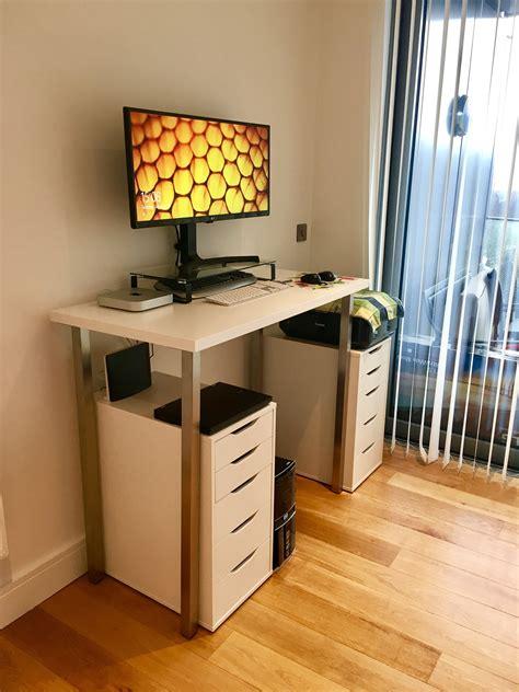 Diy-Ikea-Hack-Standing-Desk