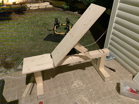 Diy-Incline-Weight-Bench