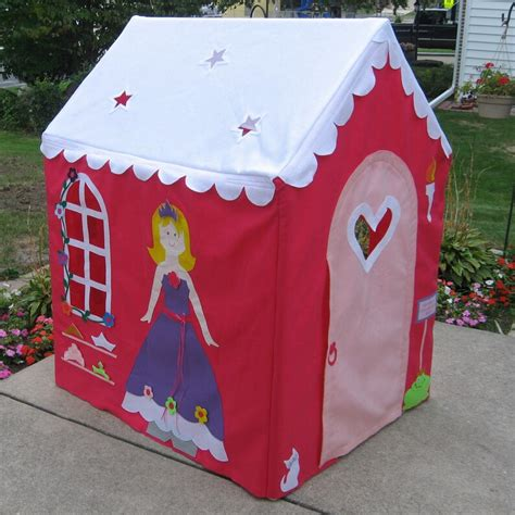 Diy-Indoor-Fabric-Playhouse
