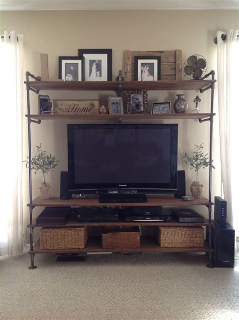 Diy-Industrial-Pipe-Entertainment-Center