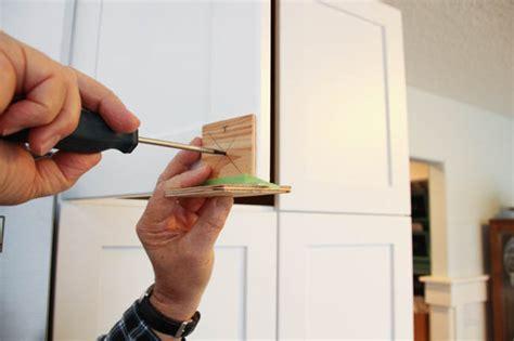 Diy-Install-Cabinet-Knobs