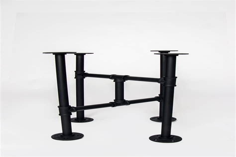 Diy-Iron-Pipe-Table-Legs