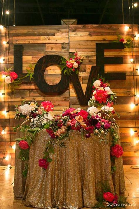 Diy-Just-Married-Sign-For-Sweetheart-Table
