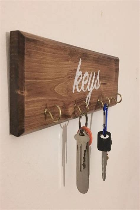 Diy-Key-Holder-Shelf