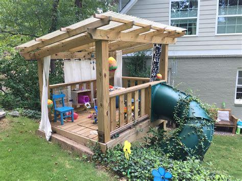 Diy-Kids-Playhouse-With-Slide