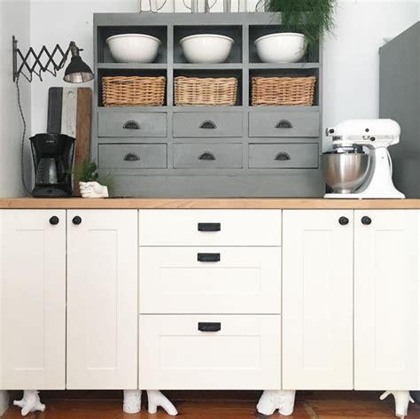 Diy-Kitchen-Cabinet-Legs