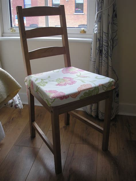 Diy-Kitchen-Chair-Seat-Covers