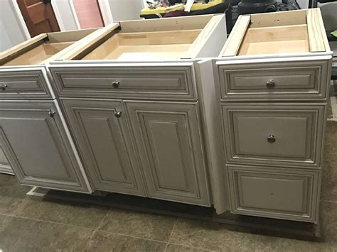 Diy-Kitchen-Island-Home-Depot