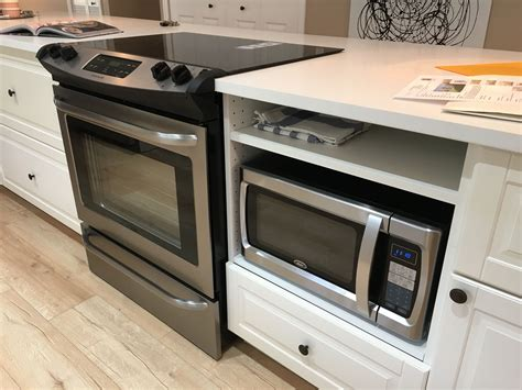 Diy-Kitchen-Island-With-Slide-In-Range