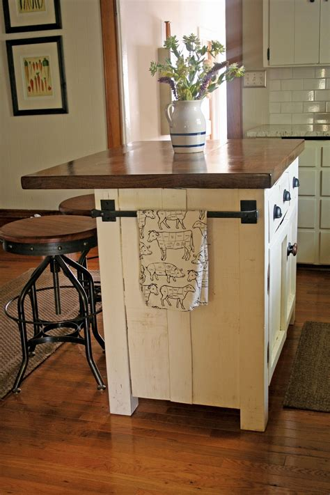 Diy-Kitchen-Island-With-Storage-And-Seating