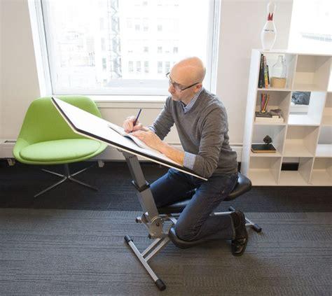 Diy-Kneeling-Desk