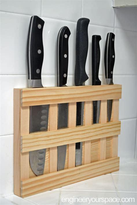 Diy-Knife-Holder-Wood