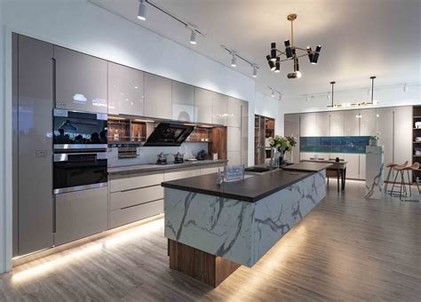 Diy-Lacquer-Finish-Cabinet-Door