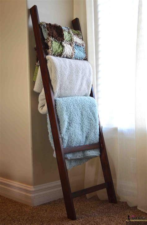 Diy-Ladder-Rack-For-Blankets