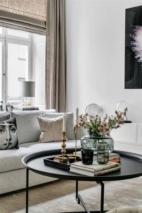 Diy-Large-Round-Coffee-Table