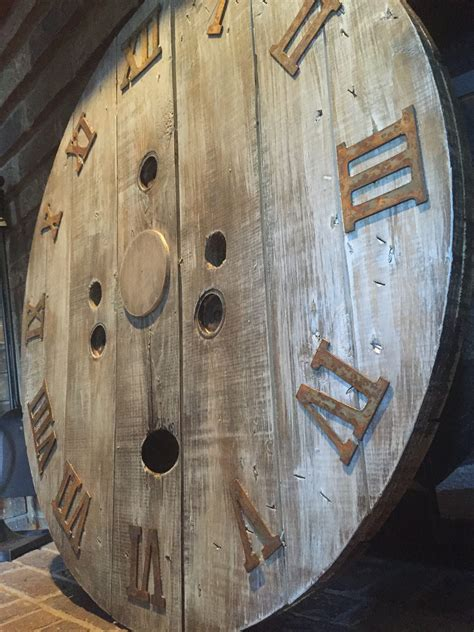 Diy-Large-Wooden-Spool-Clocks