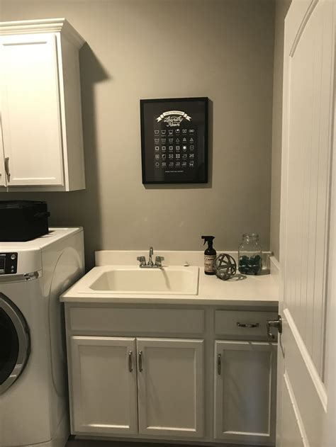 Diy-Laundry-Room-Vanity