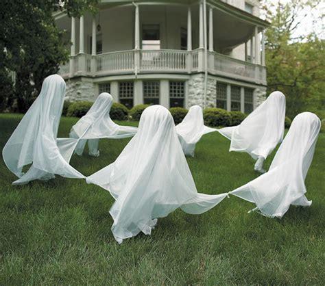 Diy-Lawn-Ghosts