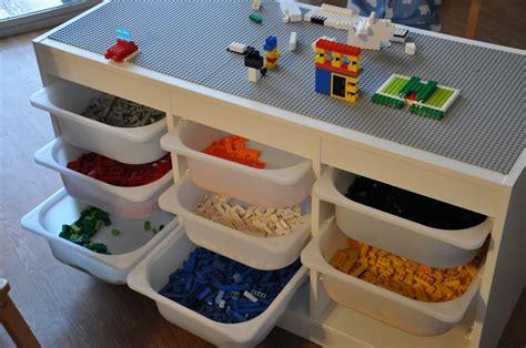 Diy-Lego-Table-With-Bins