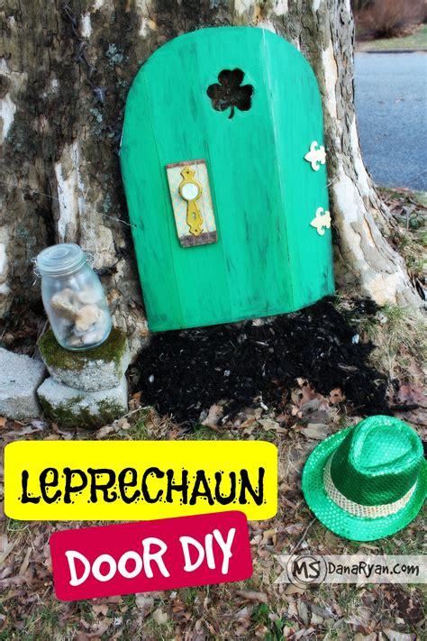 Diy-Leprechaun-Door