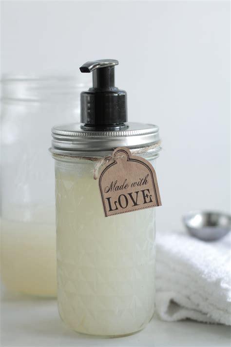 Diy-Liquid-Hand-Soap-Recipe