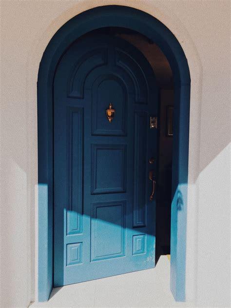 Diy-Magnetic-Door-Knocker