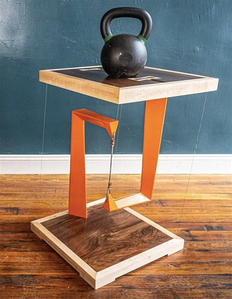Diy-Magnetic-Floating-Table