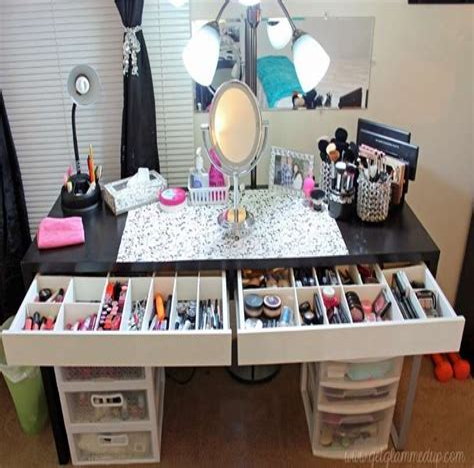 Diy-Makeup-Table-Organizer