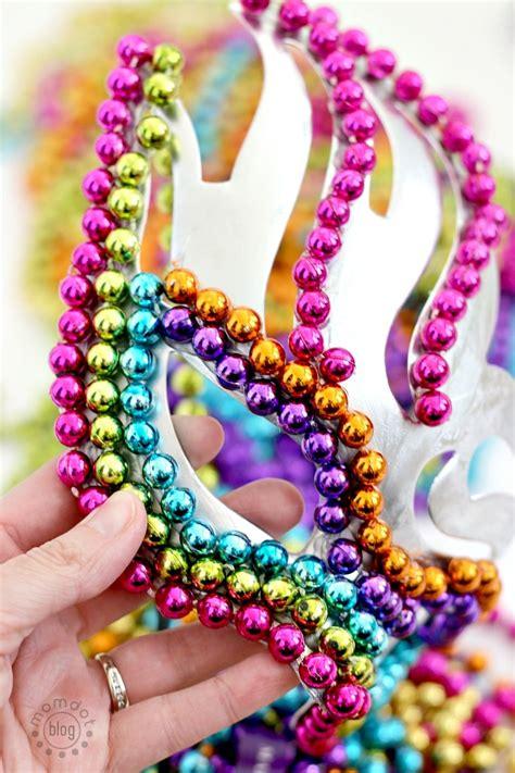 Diy-Mardi-Gras-Masks