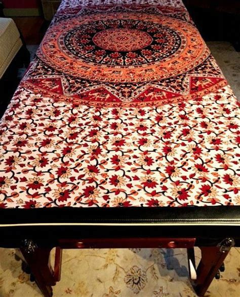 Diy-Massage-Table-Cover