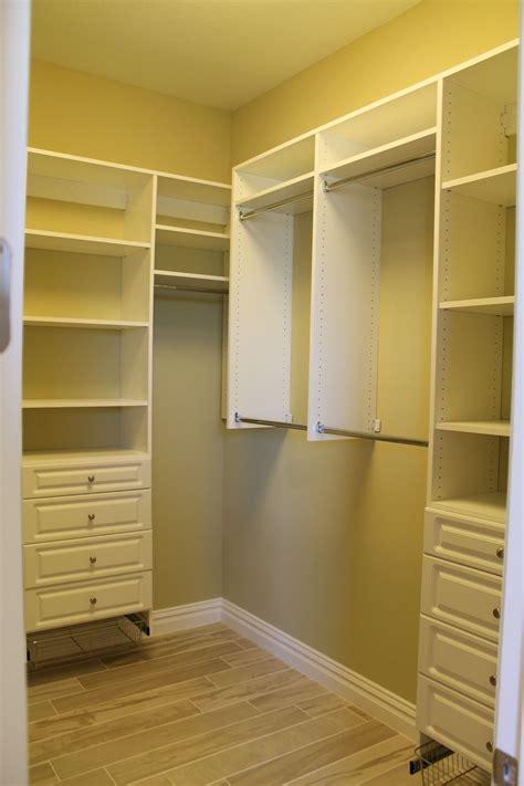 Diy-Master-Closet-Shelving