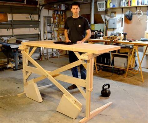 Diy-Mechanical-Standing-Desk