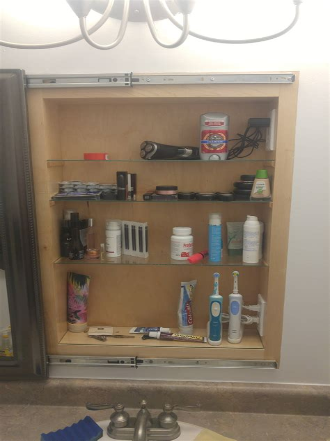 Diy-Medicine-Cabinet-Drawer