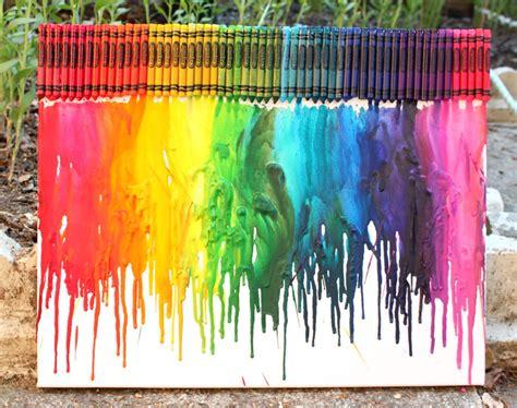 Diy-Melted-Crayon-Art