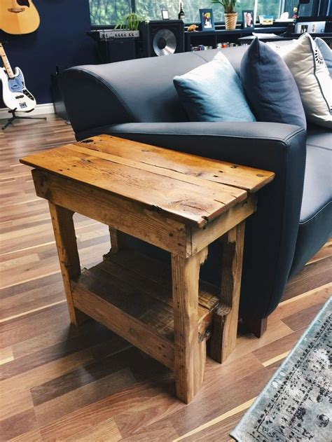 Diy-Metal-And-Wood-End-Table