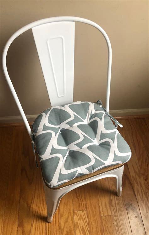 Diy-Metal-Chair-Cushions