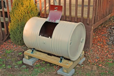 Diy-Metal-Compost-Bin