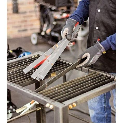Diy-Metal-Kitchen-Table-Without-Welding