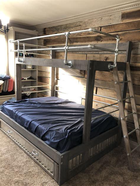 Diy-Metal-Pipe-Loft-Bed