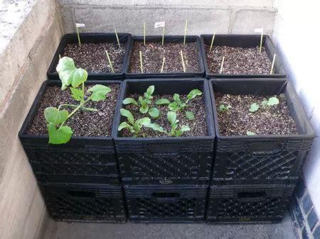 Diy-Milk-Crate-Planters
