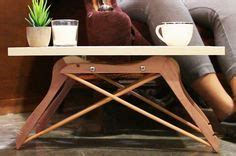 Diy-Mini-Coffee-Table-Made-Out-Of-4-Coat-Hangers