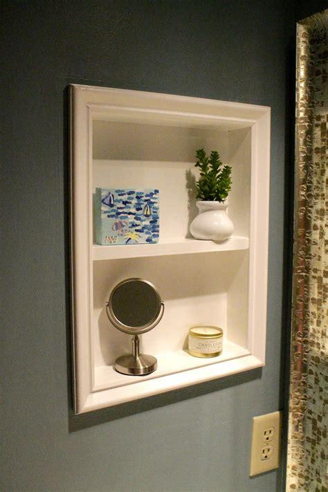 Diy-Mini-Medicine-Cabinet