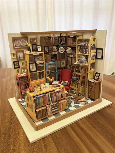 Diy-Miniature-Bookshelf