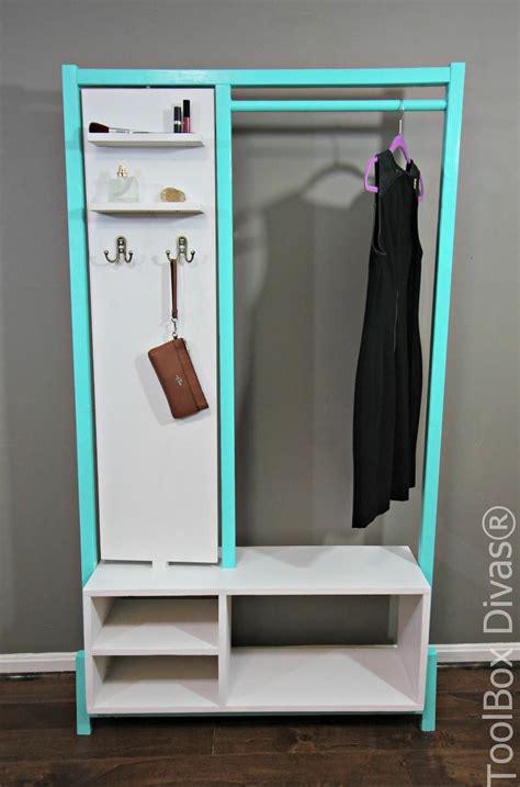 Diy-Minimalist-Clothes-Rack