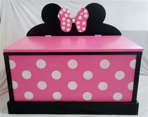 Diy-Minnie-Mouse-Toy-Box